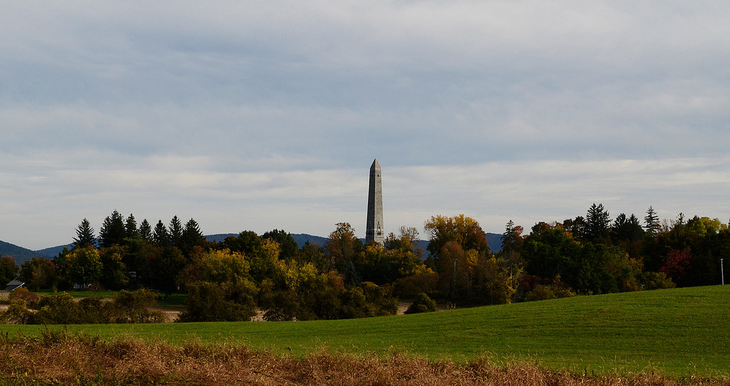 Description of . Erica Miller - The Saratogian     A view of the Saratoga Monument as the fall foliage gets people out in  the Adirondacks, Catskills and Vermont to see the beautiful array.SAR-l-Foliage8