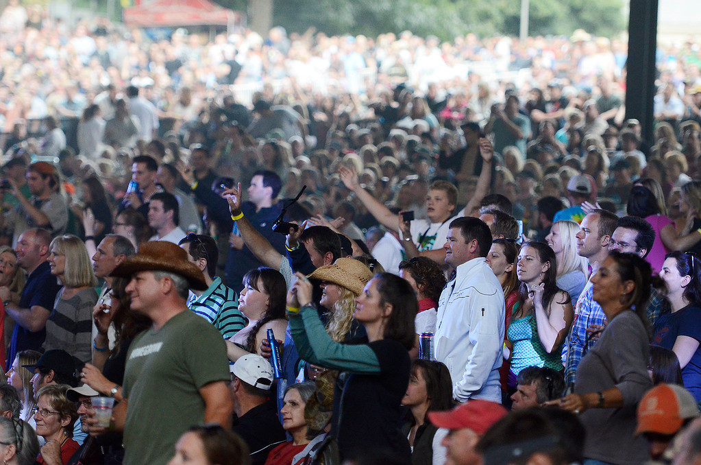 . Erica Miller - The Saratogian SPAC held the epic Farm Aid on Saturday to an audience of 25,000. The crowd was packed for the famous Neil Young, John Melloncamp, Jack Johnson, Dave Matthews, Willie Nelson and many more artists. SAR-l-PackedCrowds2