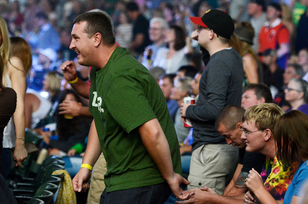 . Erica Miller - The Saratogian SPAC held the epic Farm Aid on Saturday to an audience of 25,000. The crowd was packed for the famous Neil Young, John Melloncamp, Jack Johnson, Dave Matthews, Willie Nelson and many more artists. SAR-l-PackedCrowds4